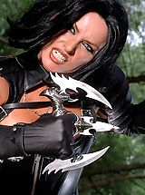 Actiongirls Pics: Hot Babes in Action