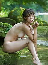 Large Areolas, Mabelle - Pure Refreshment