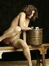 Vintage Pics: WoW nude keemly medieval body washing