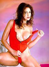Bodacious baywatch babe Shyla Foxxx gives mouth to cock resuscitation.