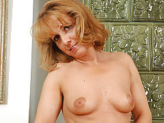 Milf Vids: Naughty anilos koko gets turned on at the thought of cumming on camera