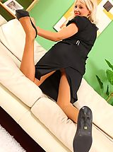 Upskirt Nippels, Only Secretaries, Bubbyly blonde in a tight black dress