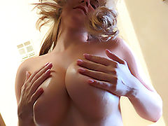 Asian Vids: Lindsey Breast Play