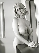 Exclusive Vintage Erotica Photos of a Big Busty Porn Queen of 1960s Owner of Enormous Pair of Fucking Breasts