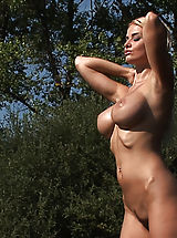 Big.Tits Nippels, Hot Girls in Action