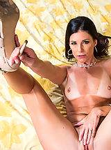 Tan.Lines Nippels, India Summer