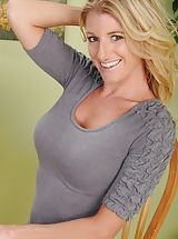 naked tv, Pretty golden-haired MUM Avona Dominica undresses bum undressed.