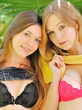 naked teens, Aurielee Alaina round asses