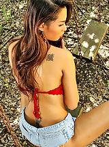The Black Alley Nippels, amara ranipas 03 thai forest tight jeans