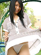 Upskirt Nippels, Asian Women lora lee 07 playground labia minora