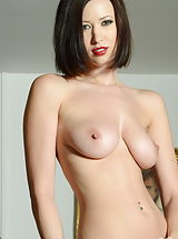 Hard Nipples, Carole Hunt 2