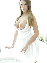 naked moms, Alexis Adams