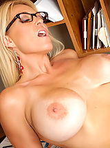 naked girls, Charlee Chase