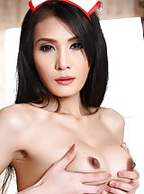 Asian Nippels, Chanya