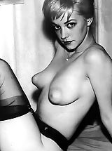 Hard Nipples, Retro Style Woman