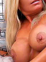 Hot milf Kristal Summers fucks a young stud