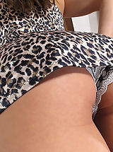 Upskirt Pics: Hot Babes n Wet Pussy of ITC