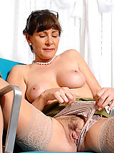 Naked Milf, Alexandra Silk shows us whats underneath her clothes