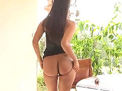 girls butts, Shazia is sexy and shows us her tight ass before dropping her panties