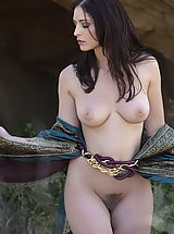 naked chick, WoW nude carlotta medieval clothing