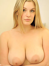 Naked FTV Girls, Danielle strips down and showers her pussy and titties